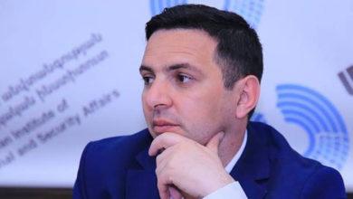 Photo of «Следует понимать, что у Армении, к сожалению, нет таких больших ресурсов», — политолог Армен Варданян