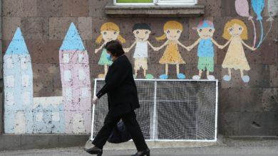 Photo of В Ереване начали применять новое оборудование для дезинфекции подъездов многоквартирных домов