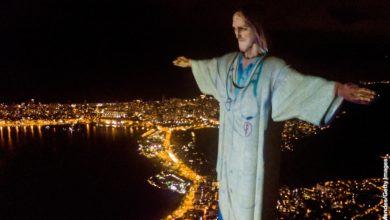 Photo of Статую Христа в Рио-де-Жанейро одели в халат врача