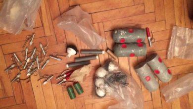 Photo of Ատրճանակներ, նռնակներ, փամփուշտներ․ ոստիկանության բաժիններում ապօրինի զենք-զինամթերք է հանձնվել