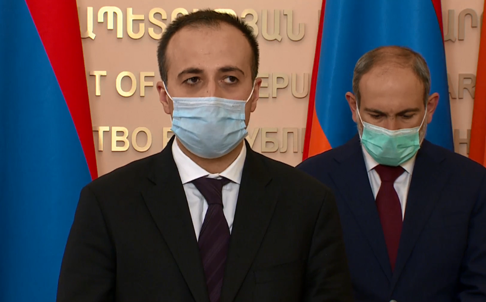 Photo of «На данный момент у нас 316 граждан, находящихся в тяжелом состоянии, 17 пациентов подключены к системе искусственного дыхания». Министр здравоохранения Армении А. Торосян