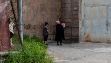 Photo of Գրկել է աղջկան ու նետվել. հարևանները պատմում են երևանյան սարսափելի դեպքի մանրամասները