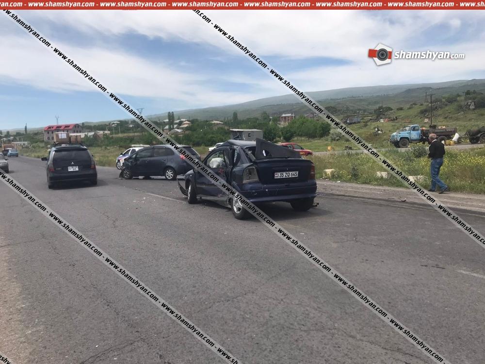 Photo of Ավտովթար Արագածոտնի մարզում. բախվել են Mitsubishi-ն ու Opel-ը. կան վիրավորներ