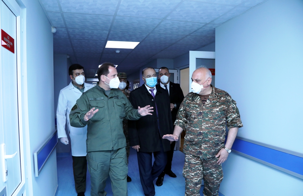 Photo of ՀՀ պաշտպանության նախարարն այցելել է զինվորական հոսպիտալ