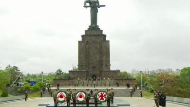 Photo of Политическая элита Армении находится в парке «Победы» в Ереване