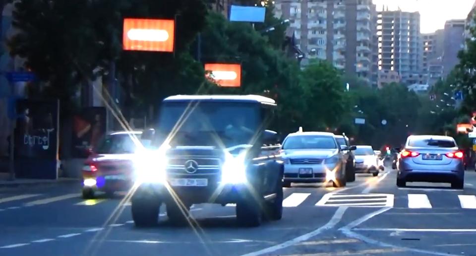 Photo of ՃՈ ուժեղացված ծառայություն Երևանում․ պահպանվող հատուկ տարածք է տեղափոխվել 17 մեքենա