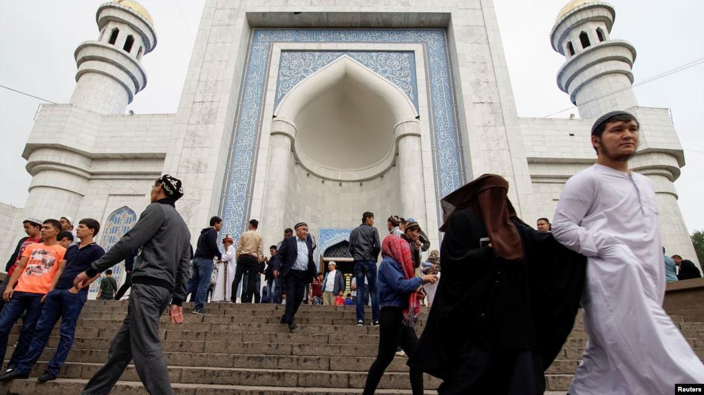 Photo of В Казахстане с 1 июня снимают блокпосты, в Алматы завтра заработают мечети и церкви
