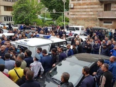Photo of Քաջարանում տեղի ունեցած միջադեպի գործով մեղադրանք առաջադրվեց Լևոն Համբարձումյանին. նա չի ընդունում մեղքը