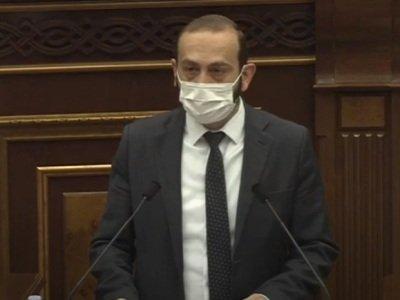 Photo of Заседания Парламента Армении будут проходить при обязательном ношении медицинских масок