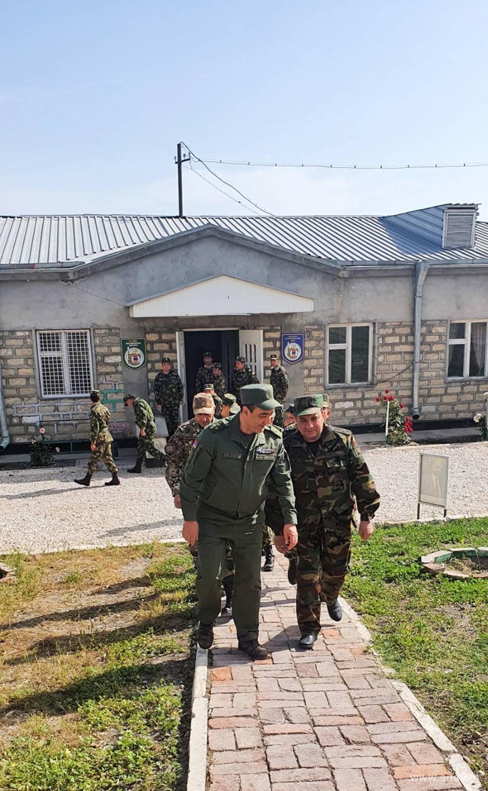 Photo of Է․ Մարտիրոսյանն այցելել է պետական սահմանը վերահսկող ուղեկալներ