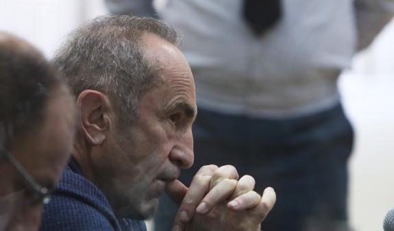 Photo of Ռոբերտ Քոչարյանի և մյուսների գործով դատական նիստը հետաձգվեց երկու շաբաթով