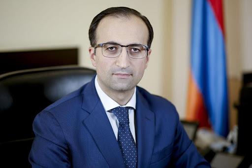 Photo of «Из 186 реанимационных койка-мест в настоящее время заняты 154»,- министр здравоохранения РА Арсен Торосян