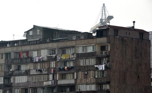 Photo of Բաղրամյան պողոտայի շենքի բնակարաններից մեկից վիճաբանության ձայներ են լսվել, 14-ամյա աղջիկը սպառնացել է ցած նետվել պատուհանից