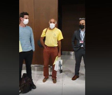 Photo of Օդանավակայանում դիմավորում են COVID 19-ի դեմ պայքարելու եկող ֆրանսիացի բժիշկներին