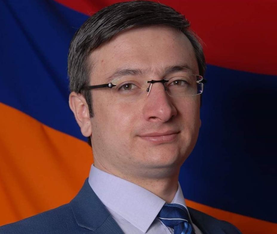 Photo of «На смену аппетита монократии бывших пришел голод монократии ныне действующих», — депутат от парламентской фракции «Просвещенная Армения» Геворг Горгисян
