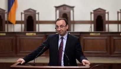 Photo of Սահմանադրության փոփոխությունների հանրաքվեն կչեղարկվի. Հրայր Թովմասյանը և ՍԴ դատավորները կշարունակեն պաշտոնավարել