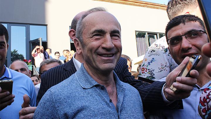 Photo of Ռոբերտ Քոչարյանն արդեն տանն է. armeniasputnik.am