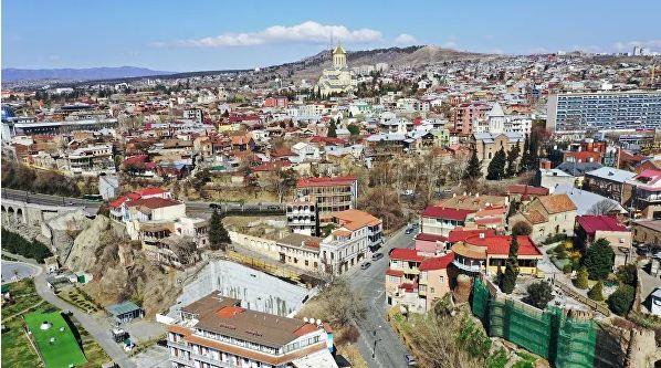 Photo of В Грузии возобновили работу рестораны и торговые центры