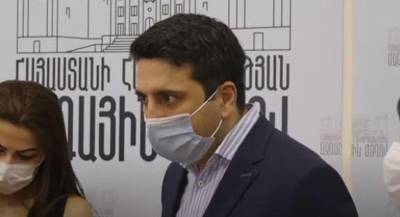Photo of «Գլուխը պատով է տվել». Ալեն Սիմոնյանը՝ «Իմ քայլի» պատգամավորի կողմից լրագրողին սպառնալու մասին