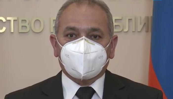 Photo of «Աչքիդ առաջ հիվանդները շնչահեղձ են լինում». բժիշկ Պետրոս Մանուկյան