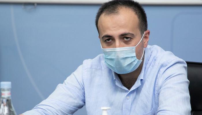Photo of «Դիմակը մեր օրերի «պատվաստանյութն» է». Արսեն Թորոսյան