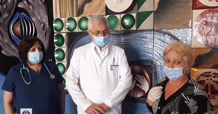 Photo of Գյումրիում դաժան ծեծից տուժած 13-ամյա աղջկան հորաքույրը հիվանդանոցից տուն  տարավ․ բժշկական կենտրոնը տեսանյութ է ներկայացրել