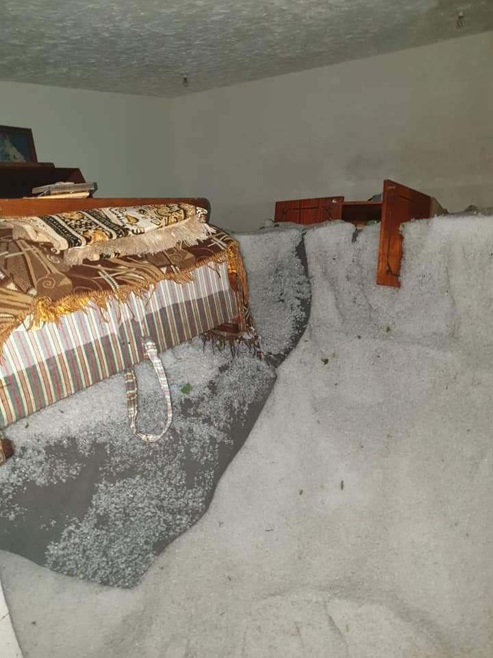 Photo of Իրավիճակը Գյումրիի տնակներում. փլված տանիքներ, ձյունածածկ հատակ