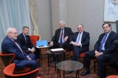 Photo of ԵԱՀԿ ՄԽ համանախագահների կոչը ՀՀ-ին ու Ադրբեջանին՝ արագ վերսկսել բանակցությունները