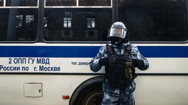 Photo of «Очень кровавые дела». Шульман, Голосов и Гаазе — об активизации силовиков
