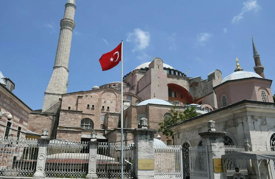 Photo of ԱՄՆ-ը հիասթափված է Սուրբ Սոֆիայի տաճարը մզկիթի վերածելու որոշումից եւ Թուրքիայից տեղեկություններ է ակնկալում
