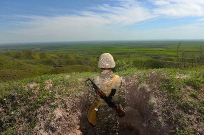 Photo of 10 военнослужащих, получивших в ходе боевых действий на северо-восточном участке армяно-азербайджанской государственной границы ранения разной степени, сейчас проходят лечение