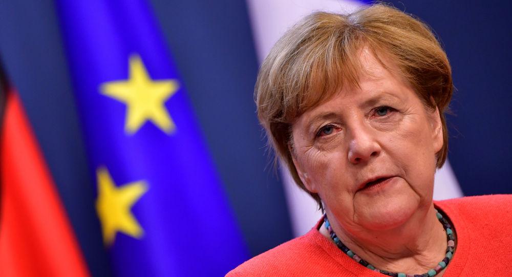 Photo of Меркель обсудит с Путиным ситуацию в Беларуси
