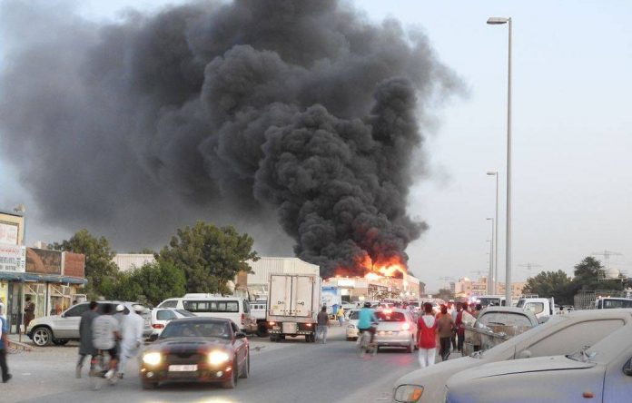 Photo of На одном из крупнейших рынков ОАЭ произошел сильный пожар