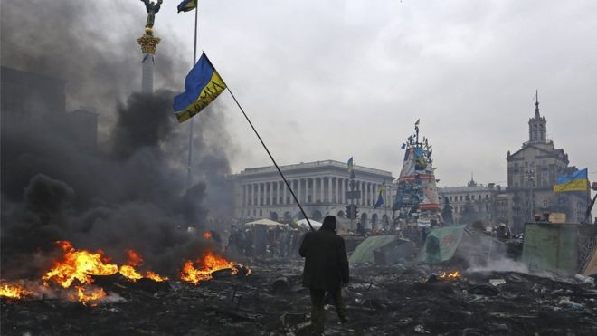 """Photo of """"Все удавшиеся революции удачны по-своему"""". Насколько протесты в Беларуси похожи на другие восстания"""