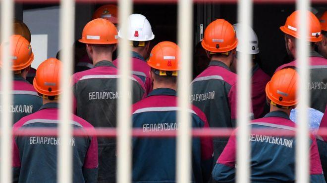 Photo of Беларусь вышла на улицы. Выдержит ли экономика страны протесты и забастовки?