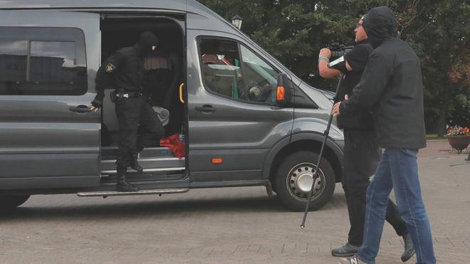 Photo of Протесты в Беларуси: в центре Минска собираются демонстранты, задержаны журналисты