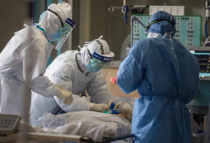 Photo of Возраст пациентов, скончавшихся от коронавируса. У 59-летнего мужчины не было сопутствующих заболеваний.
