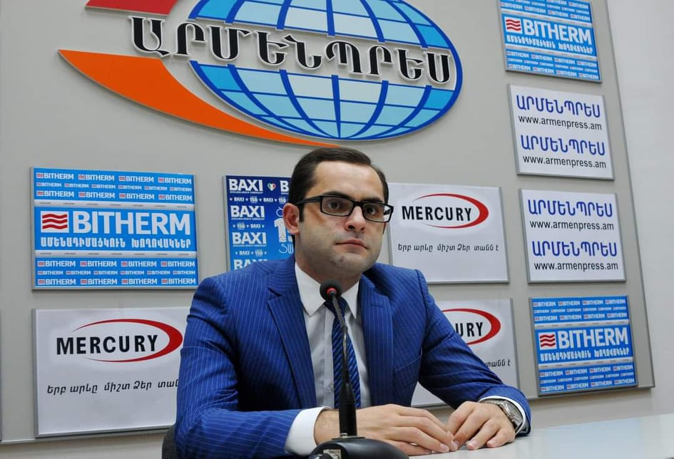 Photo of «Լուսավոր Հայաստան» խմբակցության պատգամավորներն իրենց պարգևավճարները փոխանցել են հիմնադրամին