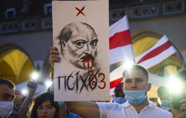 Photo of «Шансы Лукашенко остаться у власти — 50/50»