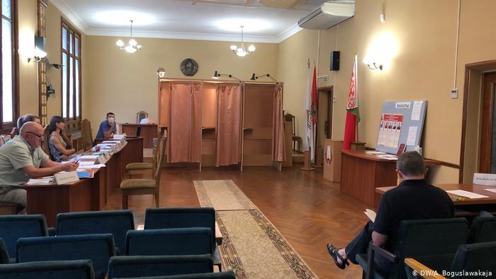 Photo of Кто и как наблюдает за выборами президента Беларуси