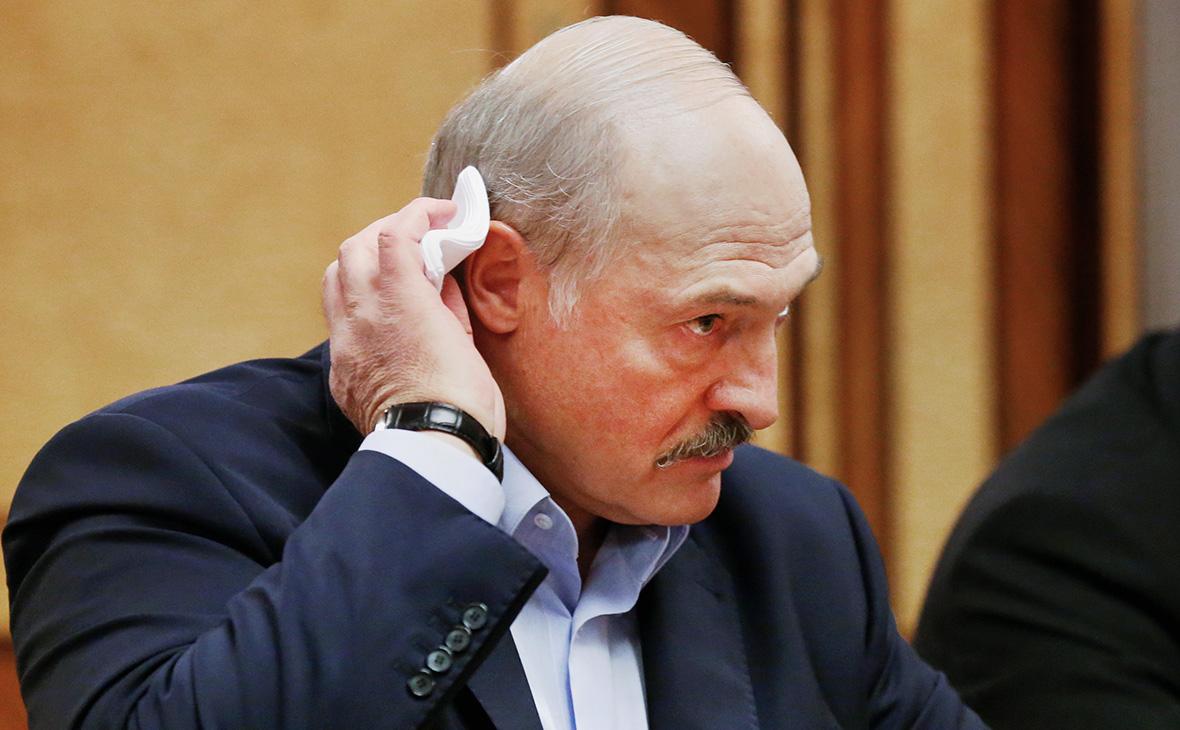 Photo of «Лукашенко закончился». Политолог Армен Агаян