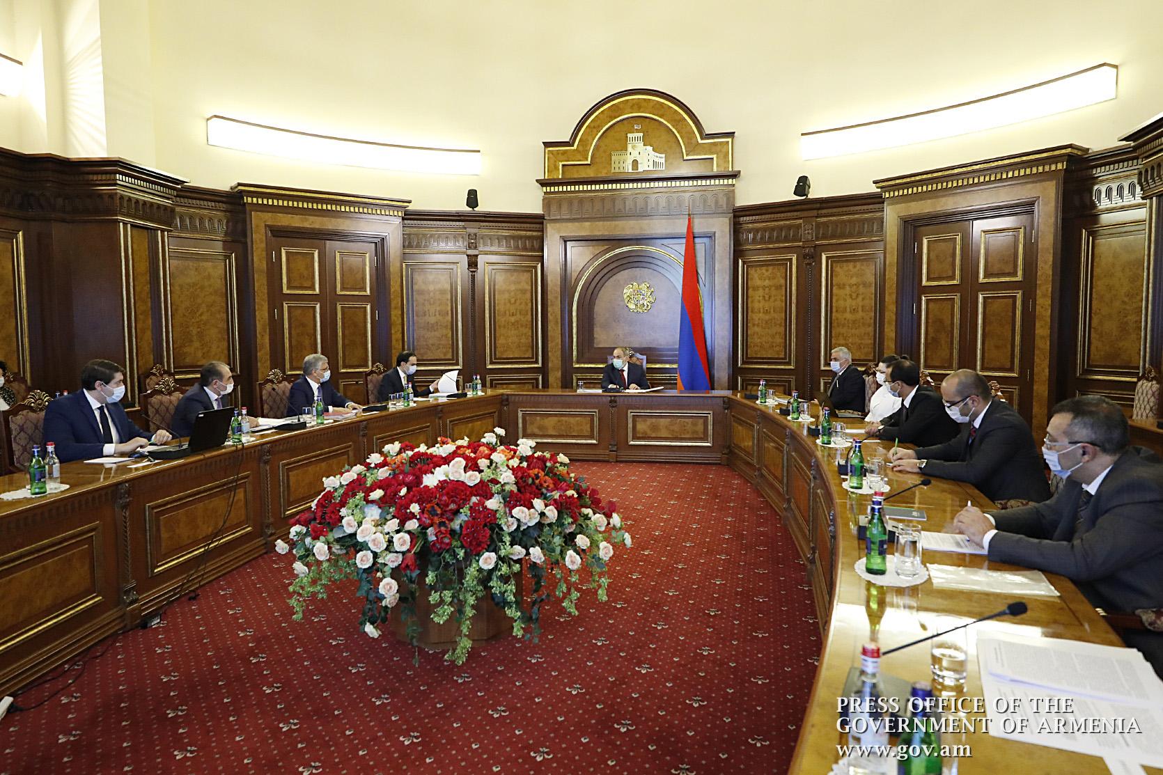 Photo of Նիկոլ Փաշինյանին ներկայացվել է ՀՀ քաղաքաշինության կոմիտեի 2019 թ. միջոցառումներն ու դրանց կատարողականը