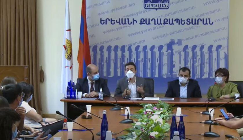 Photo of Артур Месчян намерен уйти с поста главного архитектора Еревана. Мэр столицы пояснил причину