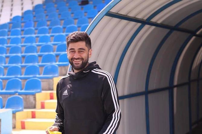 Photo of Армянский форвард Эдвард Манучарян завершает футбольную карьеру