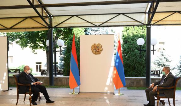Photo of Пашинян назвал сроки глобального улучшения ситуации с COVID-19 в Армении и основные задачи властей