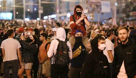 Photo of «Бастовать и заморозить экономику». К чему ведут протесты в Белоруссии