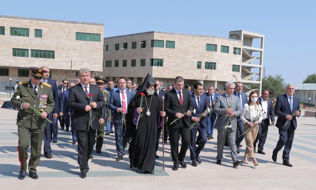 Photo of Հարգանքի տուրք՝ հայրենիքի պաշտպանության համար զոհված քաջորդիների հիշատակին