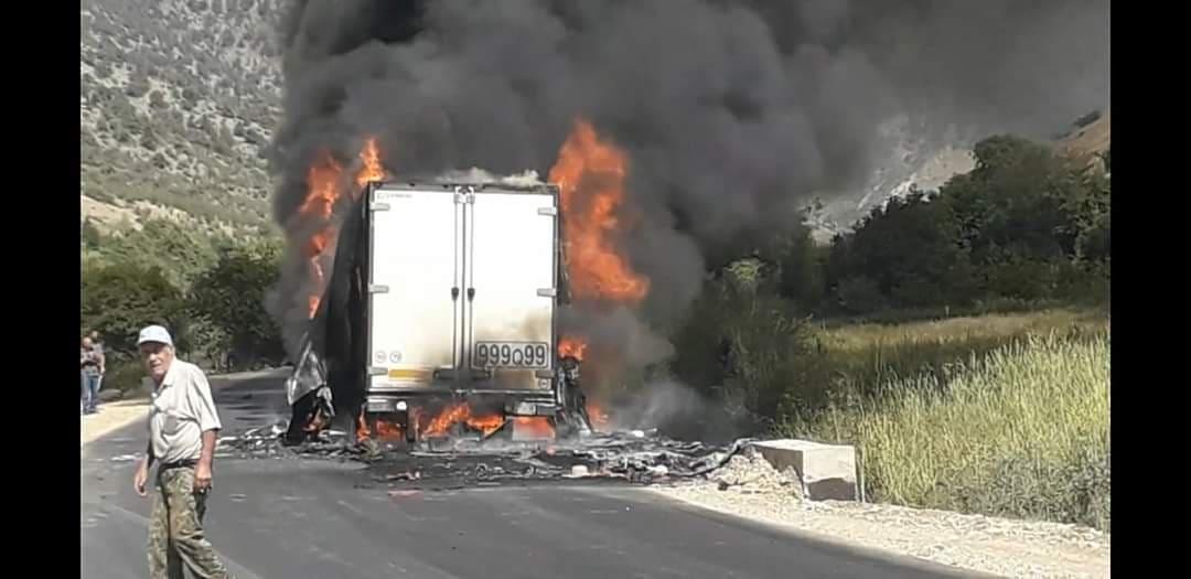 Photo of Հրդեհ է բռնկվել բեռնատարի կցորդիչում, որը տեղափոխում էր 24 տոննա կարագ. վարորդի ինքնազգացողությունը վատացել է