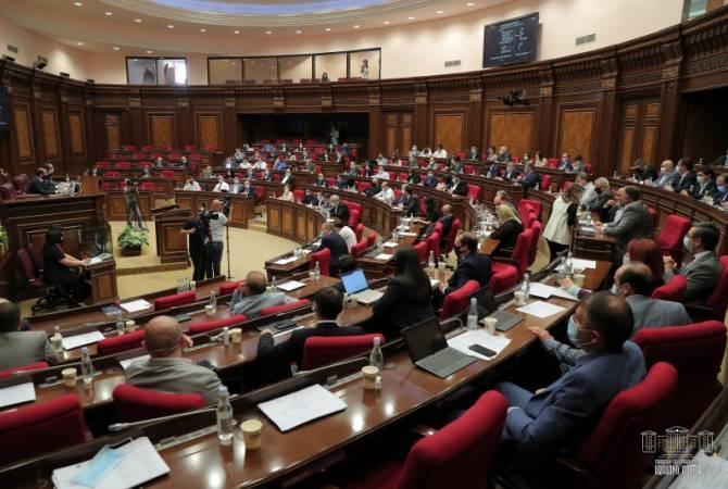 Photo of На внеочередном заседании НС обсудит вопрос об изменении Избирательного кодекса