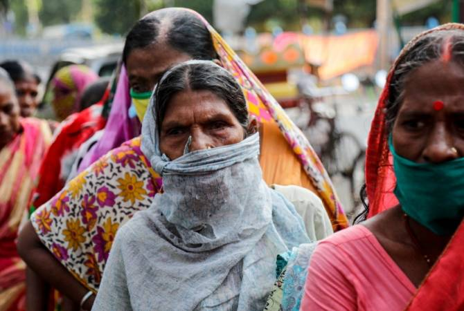 Photo of Индия вышла на второе место в мире по числу заразившихся коронавирусом
